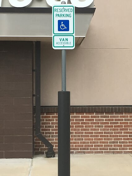 Metal Signage in your parking lot in Olive Branch, Mississippi